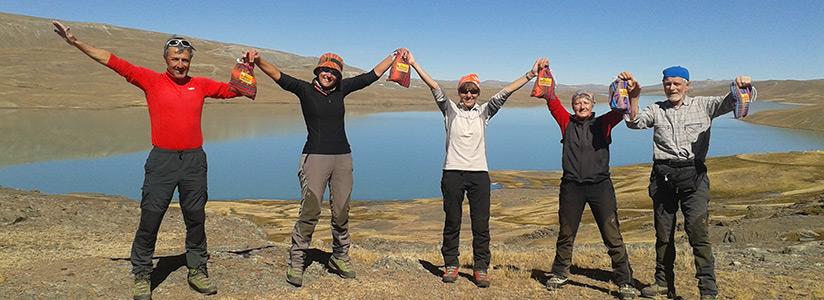 travel bolivia mountains trekking walking pequeño alpamayo huayna potosi